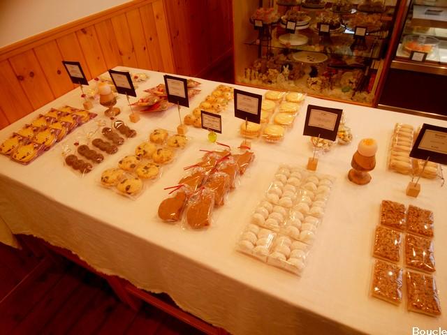 boucle焼き菓子テーブル