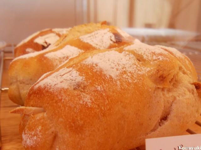 パン屋こな雪パン
